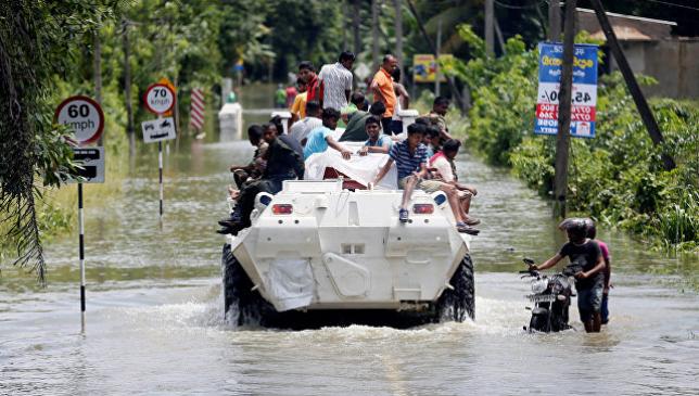 На Шри-Ланке число жертв наводнений выросло до 146